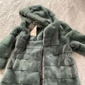 Mink coat .new with tags